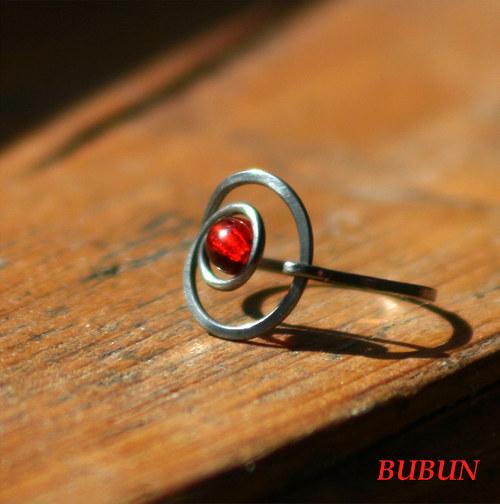 Kulaťoučký prsten