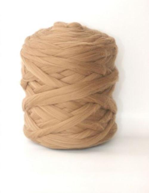 Mega vlna 48 - světlý camel - gigantické pletení