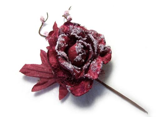 Ojíněná růže bordó
