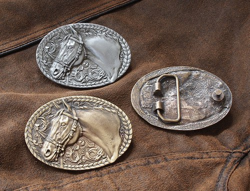 Buckle - Kůň anglie