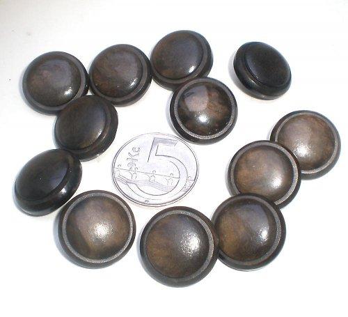 12 tmavě hnědých retro knoflíčků