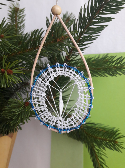 """Paličkovaná vánoční ozdoba \""""Modrý kruh\"""""""