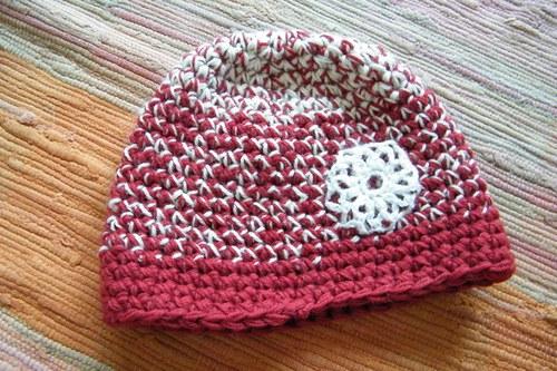 Vlněná žíhaná čapka