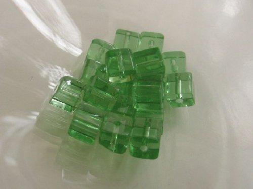 Kostičky - zelená 6x6 mm / 10 ks