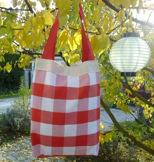 Pestrá kostkovaná taška - další varianta
