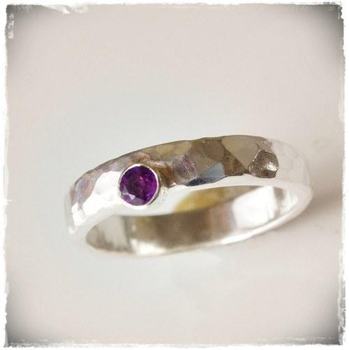 snubní prsten - A N O krasne fialkove ametystove