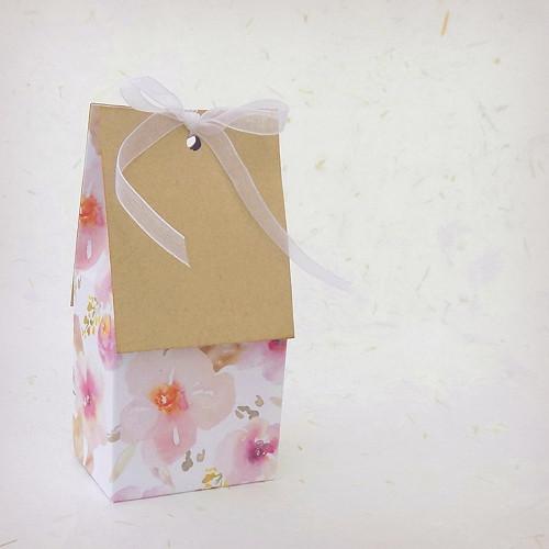 V plném květu, DOMEČEK dárková krabička