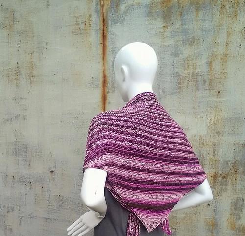 celoroční fialkový šátek