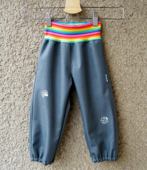 Softshellové kalhotyŠEDÉ + duha 80/86