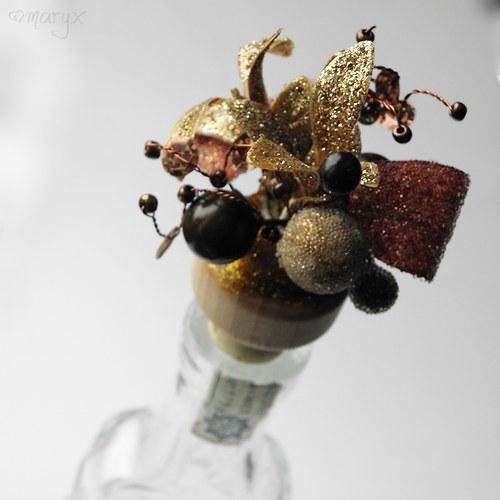Zátka na víno ojíněná