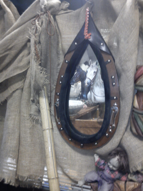 Zrcadlo ruční výroba + malované koně .