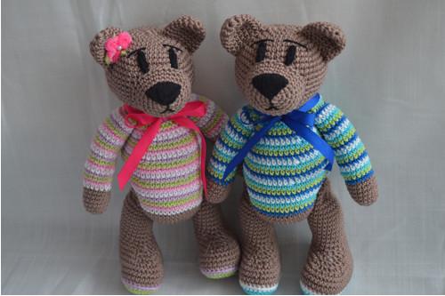 Háčkovaný medvídek chlapeček, holčička ve svetru