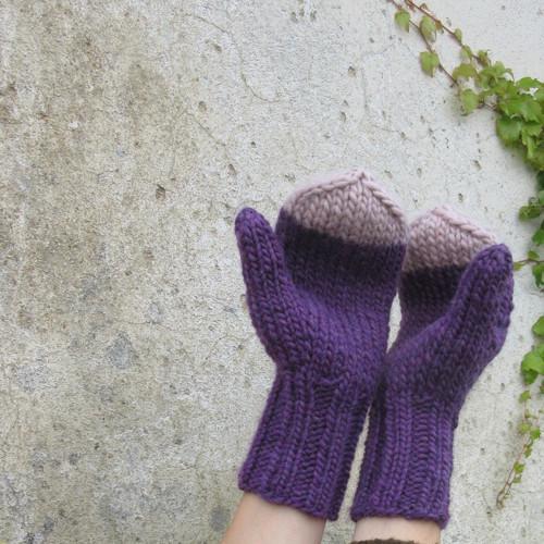 Teplé fialové palčáky..... s béžovou