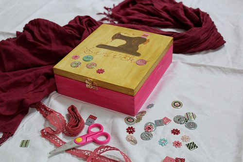 Dřevěná krabička pro malé i velké ŠVADLENKY