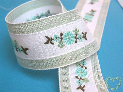 Tkaná stuha - vzorovka květinová - šíře 3,4 cm