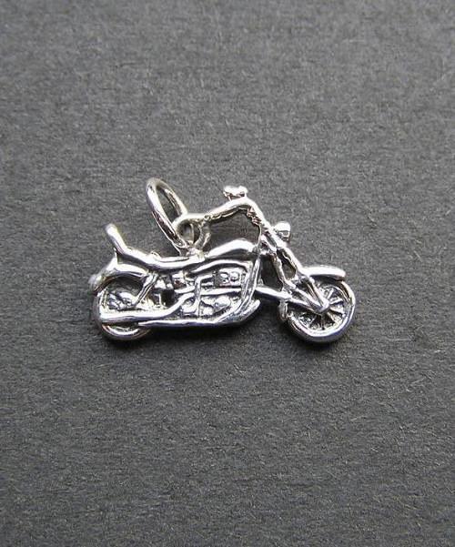 Motocykl - stříbrný přívěsek