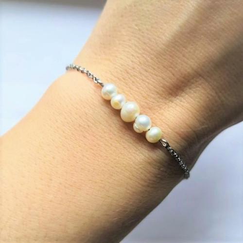 Ocelový náramek*sladkovodní perly*smetanové