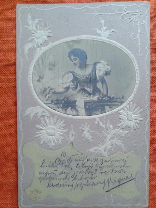 Dívka na balkoně r.1901