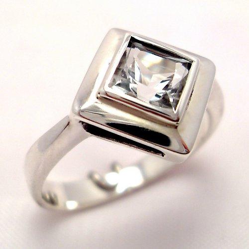 Prsten «Okínko» - stříbro 925, bílý topaz