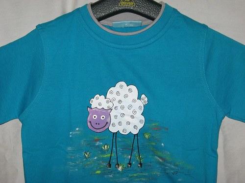 VYSMÁTÁ OVEČKA (122) - dětské tričko