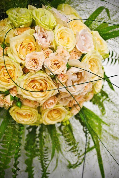 svatební KYTICE pro nevěstu + pro ženicha KORSÁŽ