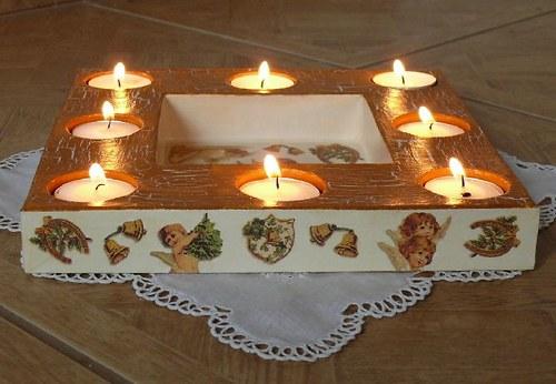 Svícen na čajové svíčky