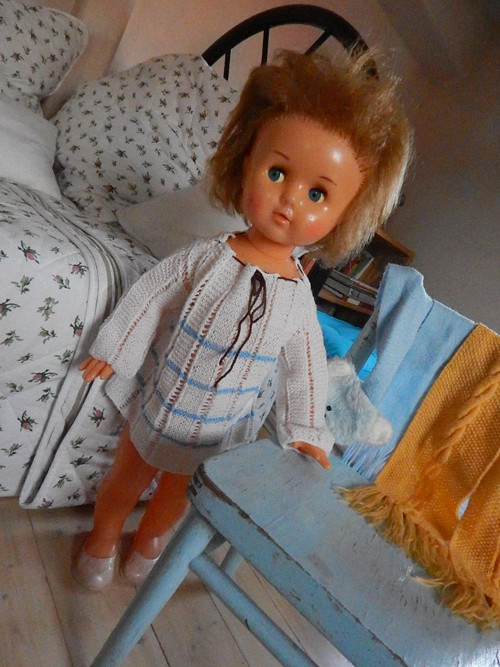 Retro panenka s flirtujícíma očima - SSSR - 67 cm
