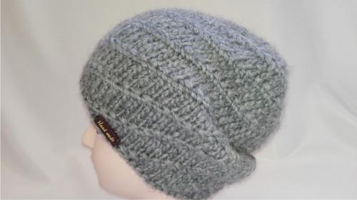Pletená  čepice tmavě šedá