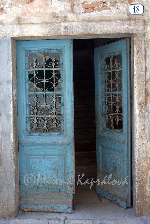 dveře1