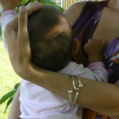 Náramek - krásná i na mateřské