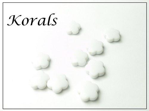 M213 Korálek KVĚTINA plastová BÍLÁ 10 ks