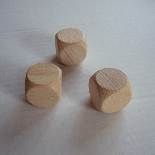 dřevěné kostky - malé 25x25x25