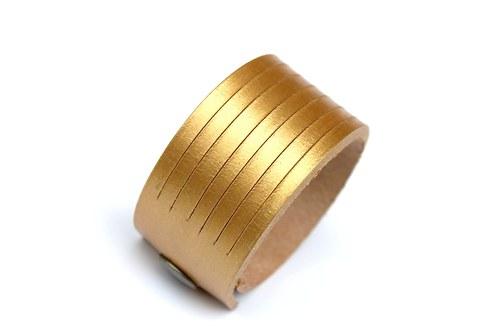 Kožený náramek zlatý