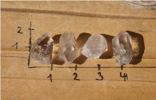 sada - malý křišťál - krystal  J1030