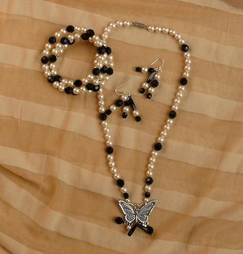 molýlí  náhrdelník