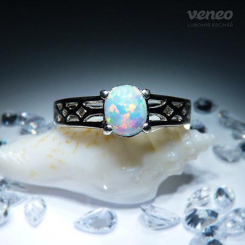 Zora - prsten s australským opálem