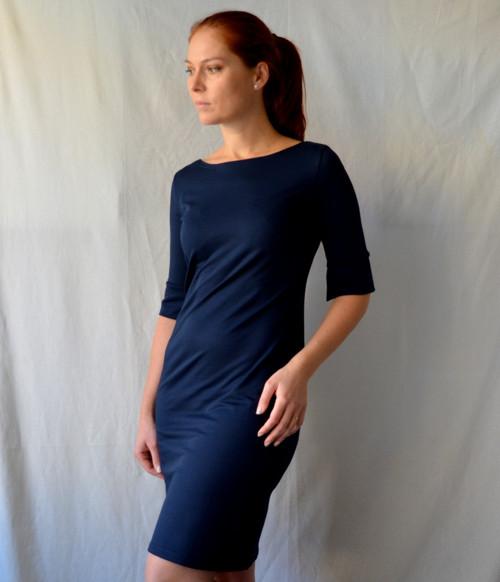 Tmavě modré úpletové šaty   Zboží prodejce Petrushe  03f3e8d22d