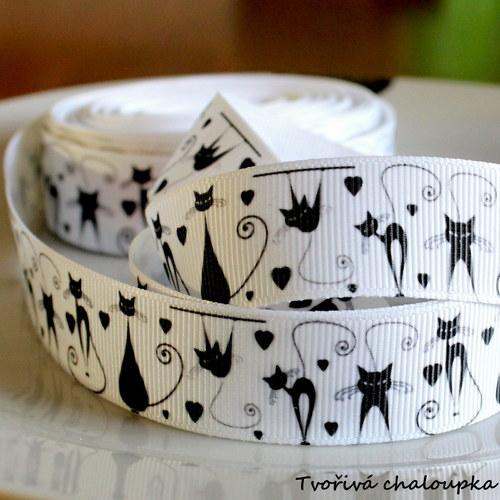 Bílá stuha s kočkami - 22 mm