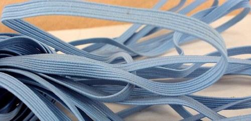 Pruženka/guma š.6 mm: Sv. modrá