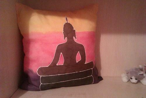 Polštářek s Buddhou