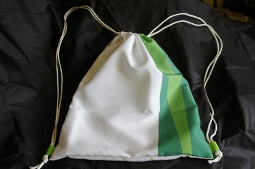 Sportovní bílo zelený vak / pytel na záda
