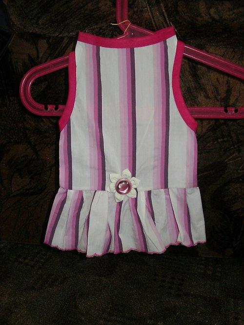 8. Šaty růžové-mírně strečové