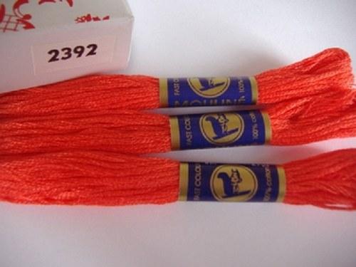 Vyšívací příze mouline - červený pepř