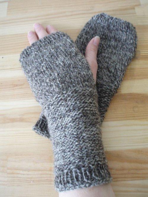 Ručně pletené návleky na ruce z ovčí vlny