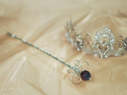 KOUZELNÁ HŮLKA s fialovým krystalem