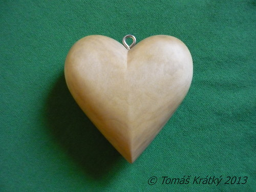 Dřevěné srdce přírodní
