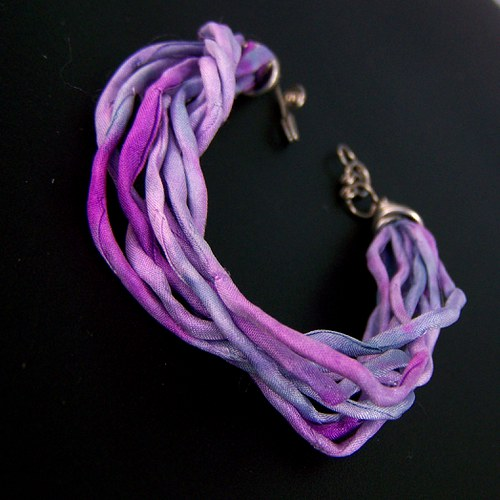 Modro fialové- chirurgická ocel + hedvábí