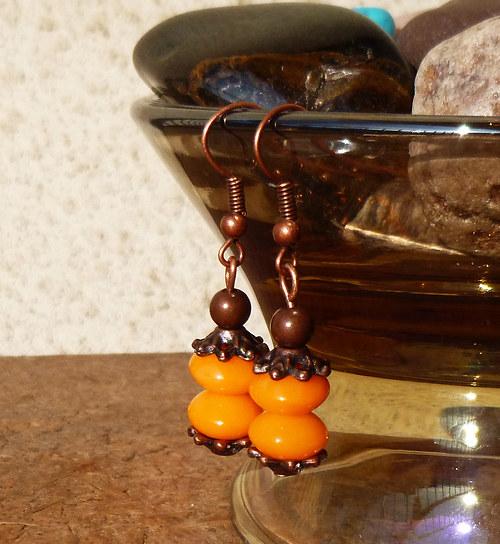 náušnice měděné rondelky oranžové