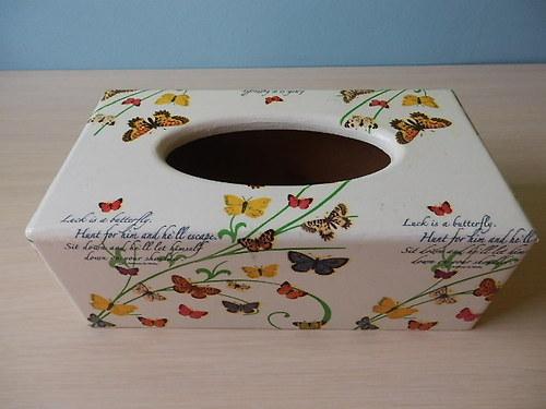 Krabička na kapesníky Motýlci