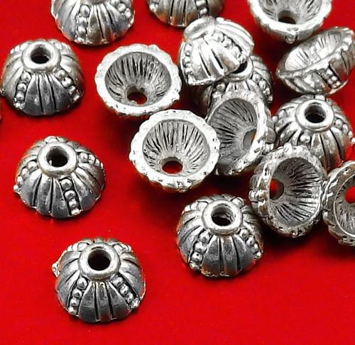 Starostříbrné kaplíky ozdobné, 10 kusů